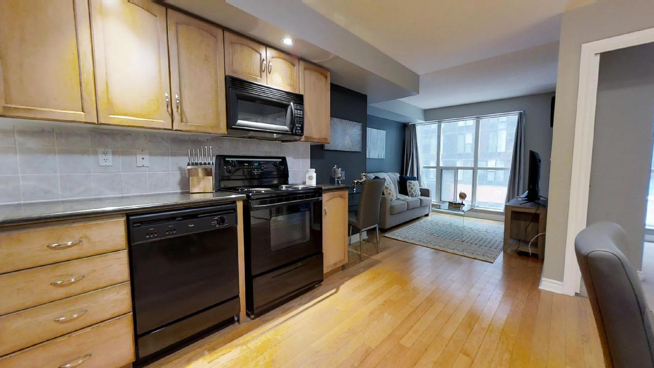 Kitchen in toronto furnished apartment near wellington street