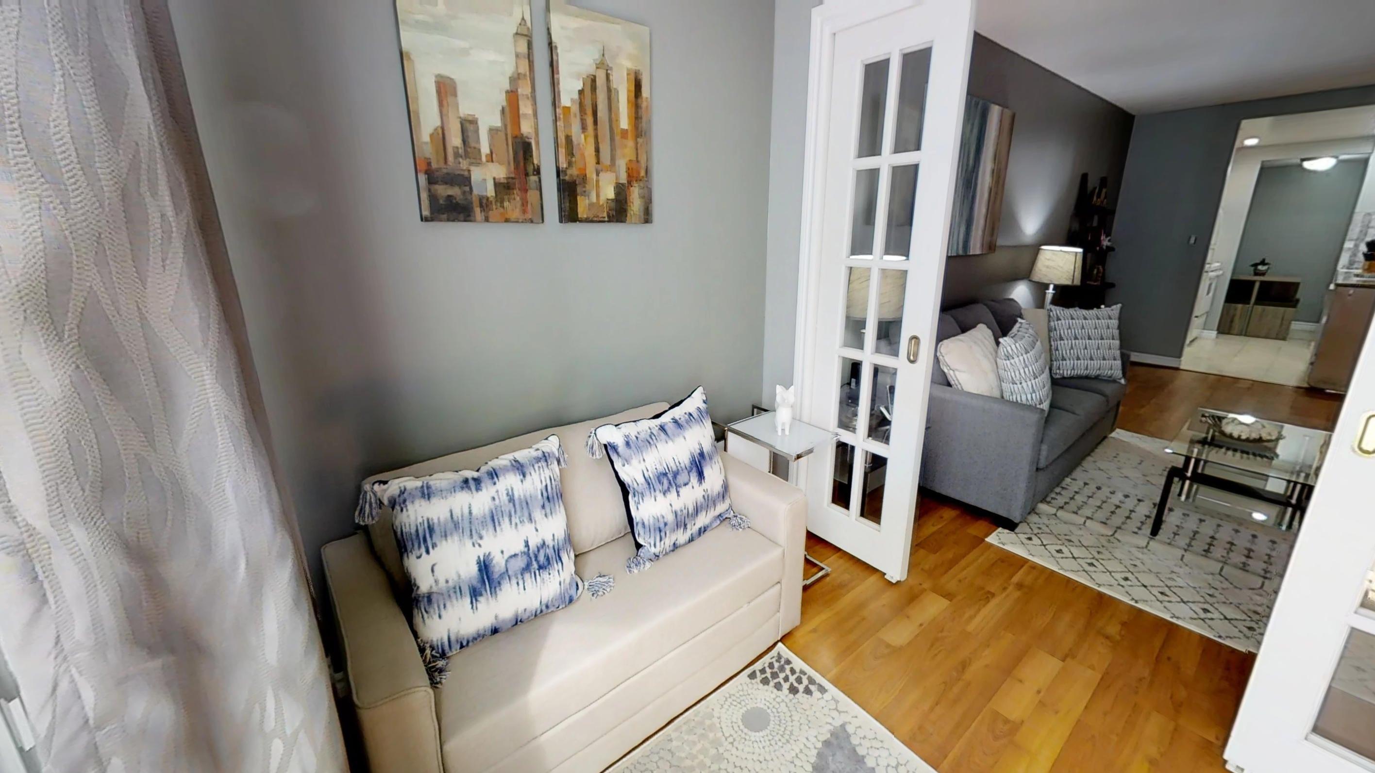 Qwest d 1 bedroom den furnished apartment for rent - One bedroom furnished apartment for rent ...